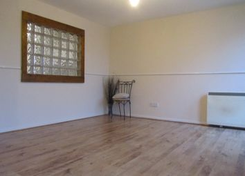 Thumbnail 3 bedroom flat to rent in Vaudrey Close, Shirley, Southampton
