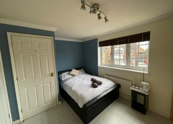 Thumbnail Property to rent in Royce Grove, Leavesden, Watford