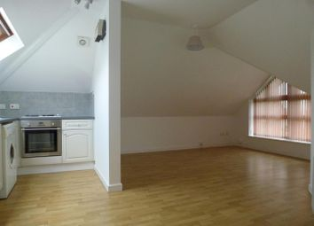 Thumbnail 1 bedroom flat to rent in Spring Road, Sholing, Southampton