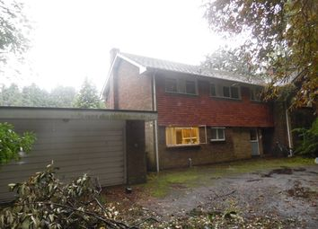 Thumbnail 5 bed detached house to rent in Daws Hill Lane, High Wycombe