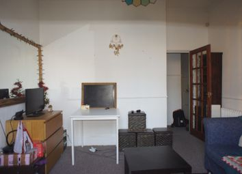 Thumbnail 1 bed flat to rent in Leigh Road, Islington And City