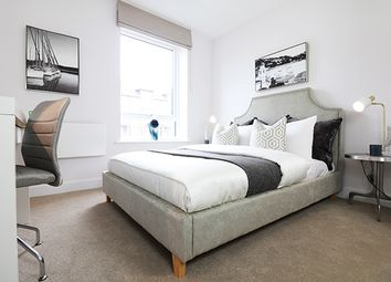 Thumbnail 2 bed flat for sale in Kennet Island, Reading