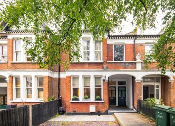 Abbeville Road, London SW4. 2 bed flat