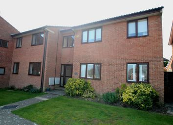 2 bed flat to rent in Stirling Court, Frosthole Crescent, Fareham, Hampshire PO15
