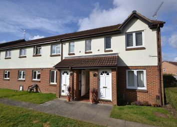Thumbnail 1 bed flat for sale in Vanbrugh Drive, Walton-On-Thames
