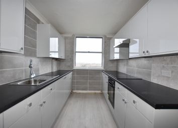 2 bed flat to rent in Eagle Way, Great Warley, Brentwood CM13