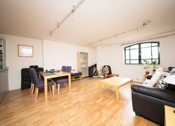 Thumbnail 1 bed flat to rent in Butlers & Colonial Wharf, Shad Thames, London, London