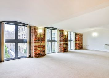 Thumbnail 3 bed flat to rent in Park Road, Elland