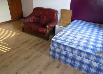 Thumbnail 1 bed flat to rent in Morley Street, Bradford