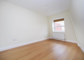 Thumbnail 1 bed flat to rent in Hessel Street, London