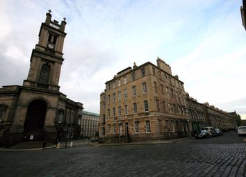 3 bed flat to rent in St. Vincent Street, New Town, Edinburgh EH3