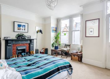 4 bed property to rent in Munster Road, Munster Village, London SW6