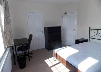 Thumbnail Room to rent in Room 3, Grange Avenue, Dogsthorpe, Peterborough