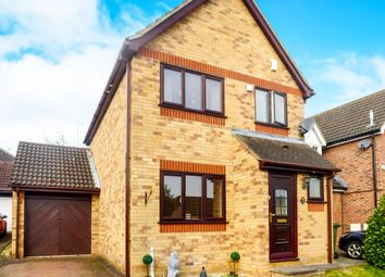 Thumbnail 3 bed detached house for sale in Wheatear Place, Billericay