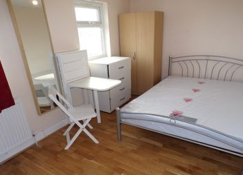 Thumbnail Studio to rent in 7 Cecil Avenue, Barking