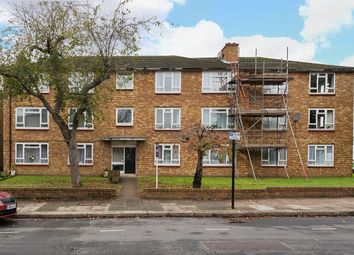 Thumbnail 2 bed flat for sale in Elderslie Road, Eltham