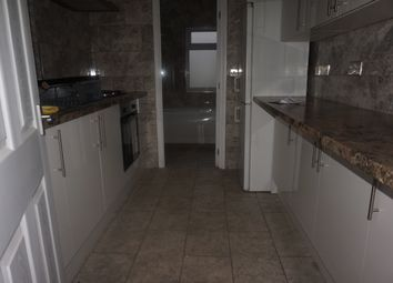 Thumbnail 2 bed flat to rent in Warden Hill Road, Luton