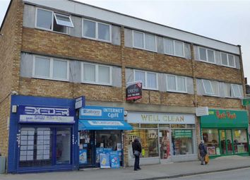 Thumbnail 2 bed flat to rent in Kingsley Road, Hounslow, Middlesex