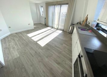 2 bed flat for sale in College Place, Southampton, Hampshire SO15
