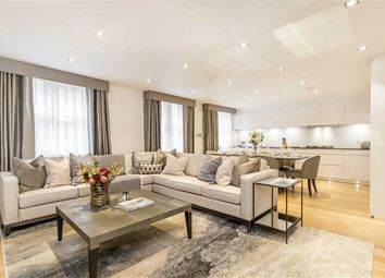 Thumbnail 4 bed property to rent in Hays Mews, London
