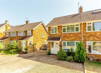 3 bed property for sale in Bramwell Close, Sunbury-On-Thames TW16