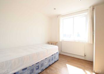 Room to rent in Churston Avenue, London E13