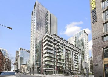 Thumbnail 1 bed flat to rent in Kingwood House, Goodmans Fields, Aldgate, London
