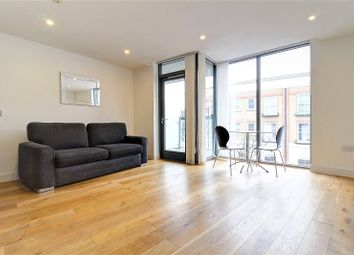 Thumbnail 1 bed flat to rent in Prebend Street, Islington, London