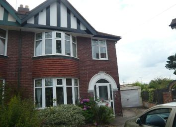 3 bed property to rent in Croft Avenue, Aylestone, Leicester LE2