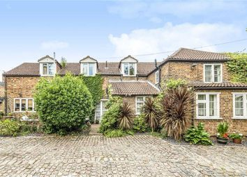 4 bed property for sale in Squires Bridge Road, Shepperton TW17