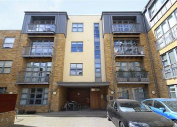 Thumbnail 2 bed flat to rent in Corben Mews, London