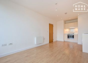 Thumbnail 1 bed flat to rent in Vida House, Surrey Quays