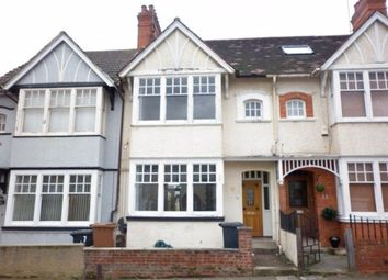 4 bed property to rent in Clarence Avenue, Northampton NN2