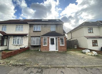 3 bed property for sale in Brocket Way, Chigwell IG7