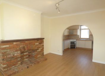 Thumbnail 2 bedroom flat to rent in Eastwood Road, Rayleigh