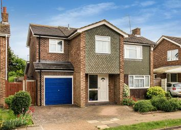 Thumbnail 4 bedroom detached house for sale in Chiltern Way, Tring