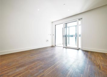 Thumbnail 1 bed flat to rent in Wiverton Tower, Aldgate Place, Aldgate