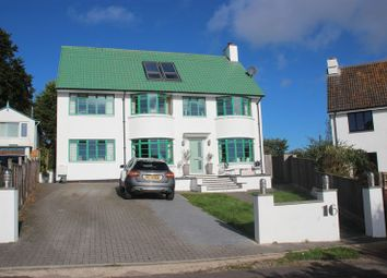 Thumbnail 5 bedroom detached house for sale in Havenview Road, Seaton