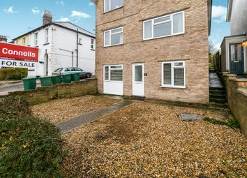 Thumbnail 2 bed flat for sale in Earlsbrook Road, Redhill