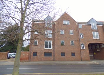 Thumbnail 2 bed flat to rent in Regal Court, Manor Road, Beverley