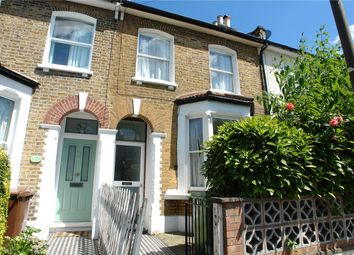 4 bed property to rent in Ansdell Road, Nunhead, London SE15