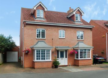 Thumbnail 5 bed detached house for sale in Derbyshire Drive, Castle Donington, Derby