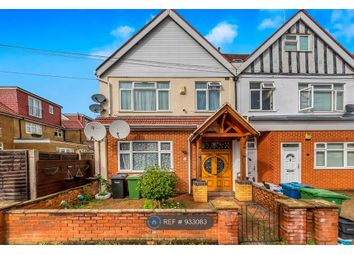 5 bed semi-detached house to rent in Canada Park Parade, Columbia Avenue, Burnt Oak, Edgware HA8