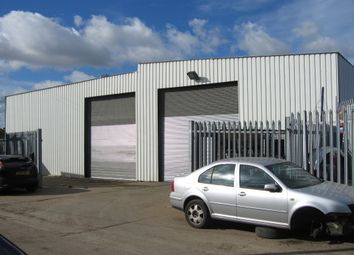 Thumbnail Warehouse to let in St Johns Road, Chadwell St Mary
