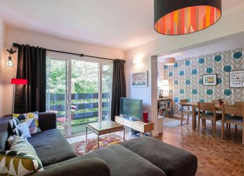 Thumbnail 2 bed flat to rent in Chatsfield Place, Ealing Broadway