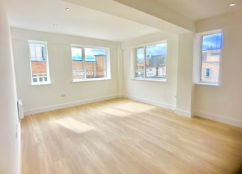 Thumbnail Flat to rent in Dane Street, Bedford