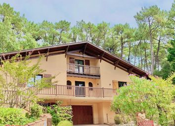 Thumbnail Villa for sale in Golf & Lake, Quiet And Residential, Soorts-Hossegor, Soustons, Dax, Landes, Aquitaine, France