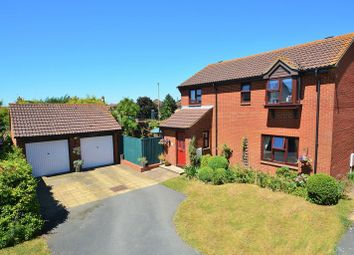 Thumbnail 4 bed detached house for sale in Fanshawe Road, Thame