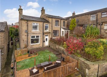 3 bed terraced house for sale in Roundfield Place, Thornton, Bradford BD13