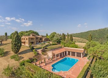 Thumbnail 10 bed country house for sale in Dolci Colline, Pienza, Siena, Tuscany, Italy